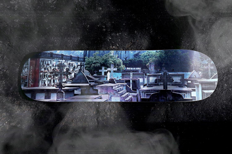 Black Revolver tabla cementerio skate guitar